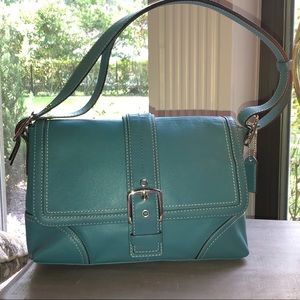 EUC Coach Hamptons Leather Flap shoulder bag